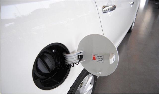 油箱漏油不要慌,这几个实用办法快速解决漏油隐患